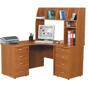 Компьютерный стол Пентиум-3